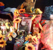 Pic 11: A mini-ofrenda for Graciela's parents in a Mexicolore school workshop