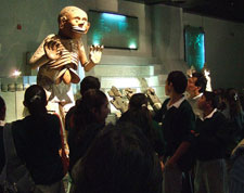 Pic 8: Students meet Mictlantecuhtli, Templo Mayor Museum