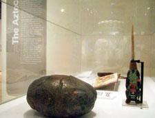Imágen 13: Artefactos aztecas, exposición especial sobre el corazón, Londres, Wellcome Institute, 2007