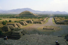 Pic 2: General view of the ancient city of Teotihuacán