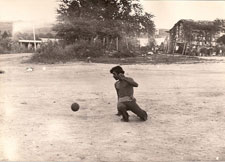 Pic 6: Hip ball game (after Ted J. J. Leyenaar)