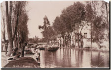 Pic 8: The 'Canal de la Viga' in use in 1899