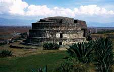 Pic 10: The wind god's temple at Calixtlahuaca, Toluca. The conical roof is missing because it was made from grasses and wood