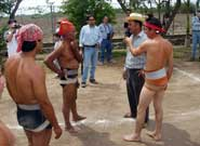 Pic 12: Argument between Fito Lizarraga and Chuy Paez of Los Llanitos against Modesto Huaira of Escuinapa