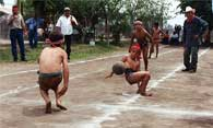 Pic 17: Children playing Ulama in Los Llanitos