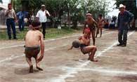 Pic 17: Children playing Ulama in Los Llanitos