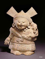 Pic 4: Nopiloa mother and child, moulded clay figurine, Veracruz, K4868