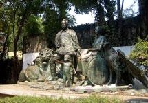 Pic 17: 'Monumento al Mestizaje' (Cortés, La Malinche and son) by Julián Martínez and M. Maldonado (1982), Mexico City