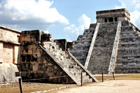 Pic 11: Temples of Venus and Kukulcán