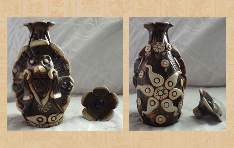 'Teotihuacan bottle'