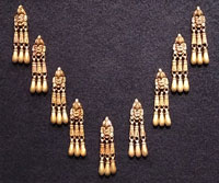 Nine-link Mixtec-Aztec/Mexica gold necklace